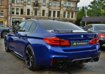 BMW M5 2019 COMPETITION