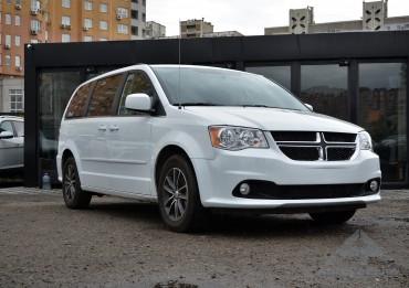 Dodge Grand Caravan 2017 flexfuel